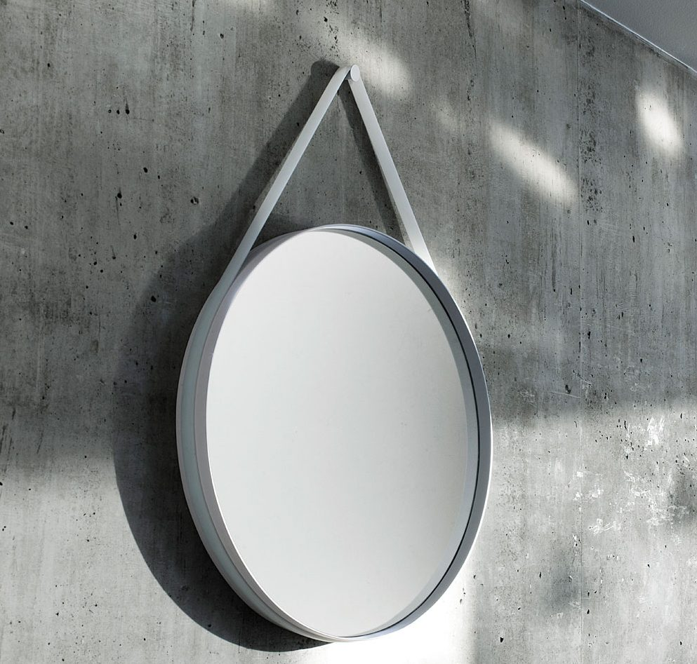 strap mirror 1
