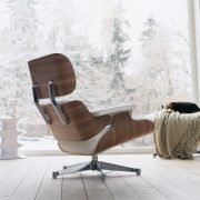 White-Lounge-Chair-lifestyle-image