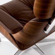 vitra-eames-lounge-chair-nussbaum-leder-premium-braun-01_zoom
