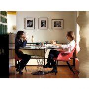 Vitra_Isamu_Dining_Table_Lifestyle-500×500