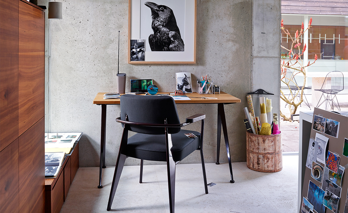 jean-prouve-compas-direction-desk-vitra-6
