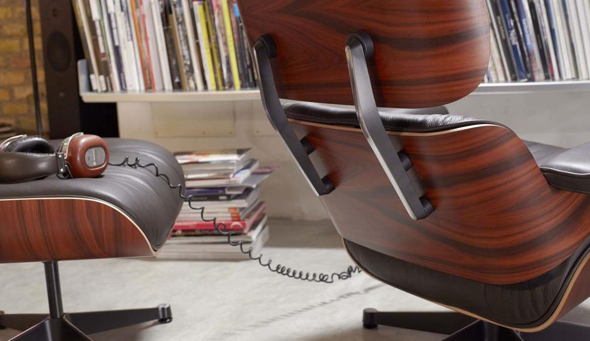 vitra-eames-lounge-chair-santos-palisander-leder-premium-schwarz-02_zoom