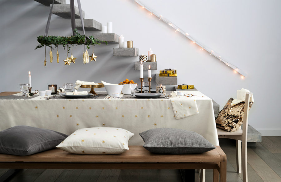 Christmas-tablescape-900x581