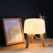 Milk-NA1-Natural-legs-white-cord-env