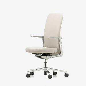 07-pacific-chair-medium-back_1539021_master