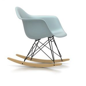 eames-plastic-stoel-rar