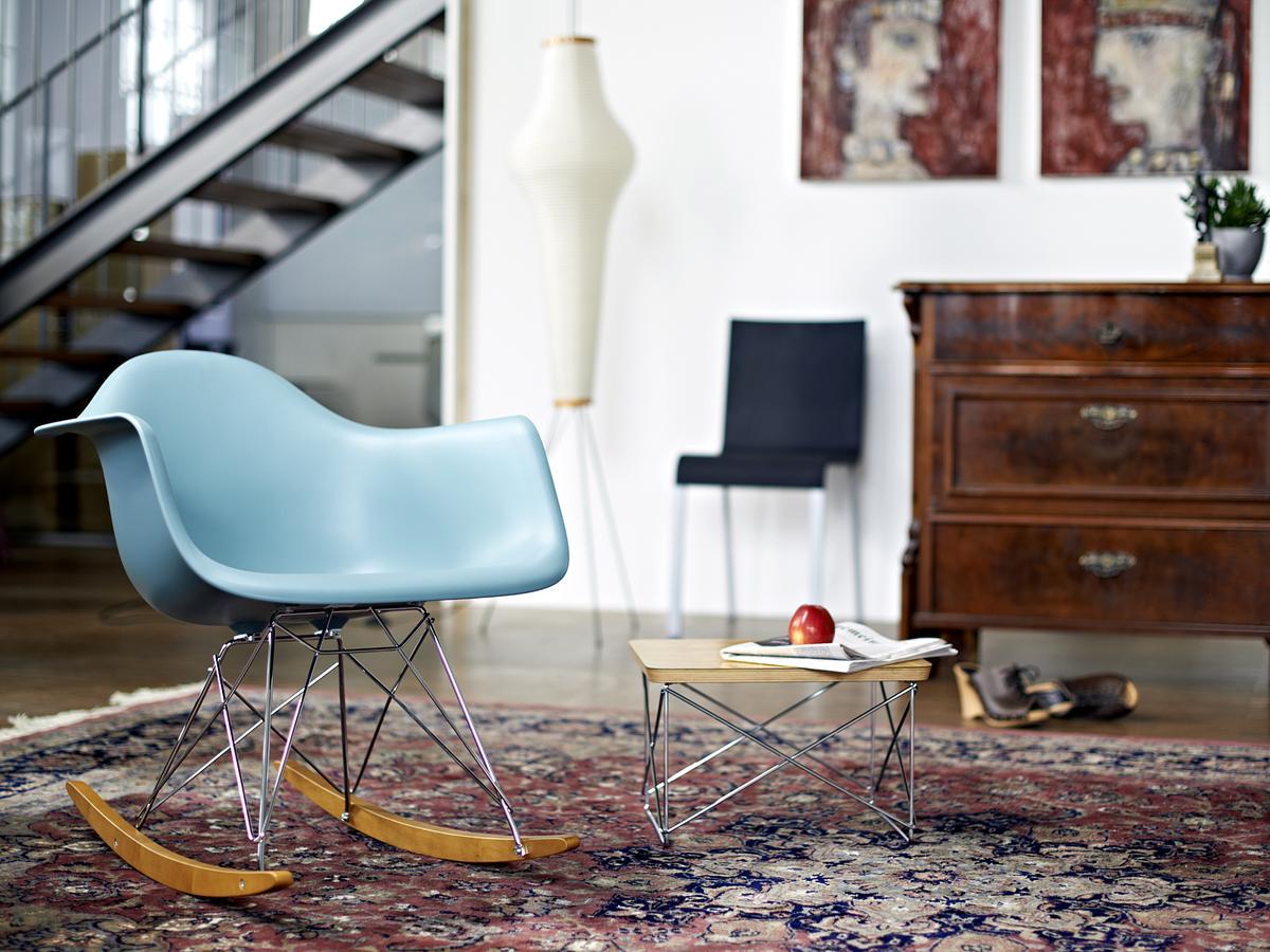 Eames Rar Stoel : Modern vintage amsterdam original eames furniture u home