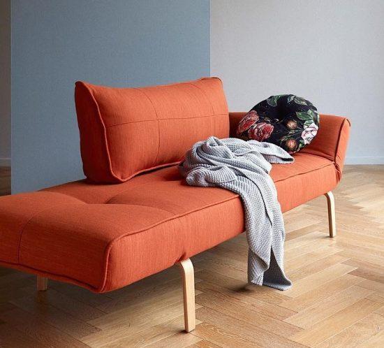 Новый год с новым диваном