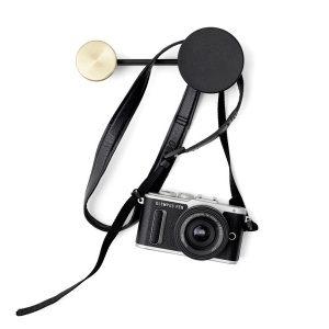 Menu-Afteroom-Coat-Hanger-Small-Black-Bronze2